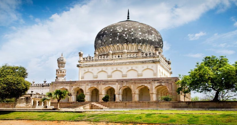 hop-on-hop-off-one-day-hyderabad-city-tour2.jpg