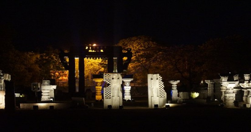 sound-light-show-at-warangal-fort-tour-6.jpg