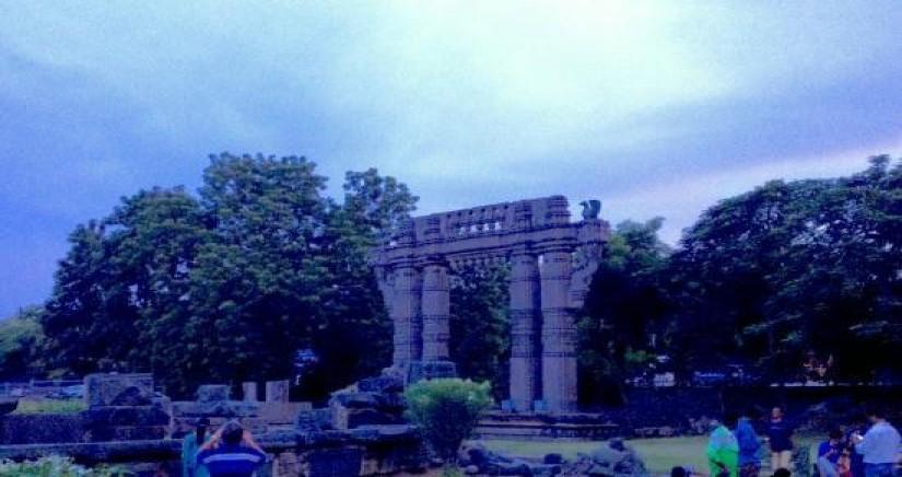 sound-light-show-at-warangal-fort-tour-7.jpg